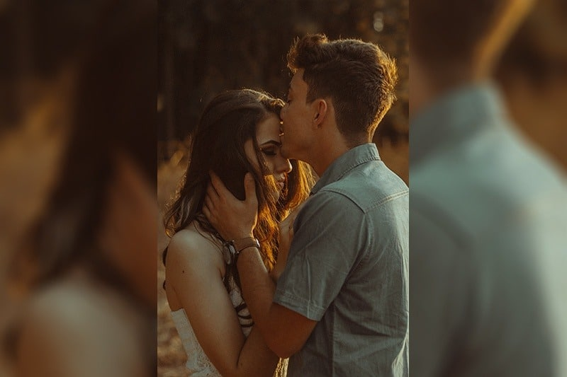 Choses que vous devez savoir avant de sortir avec une personne bizarre