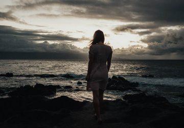 Elle N'a Plus Besoin De Toi Parce Que Tu Lui As Appris À Être Seule