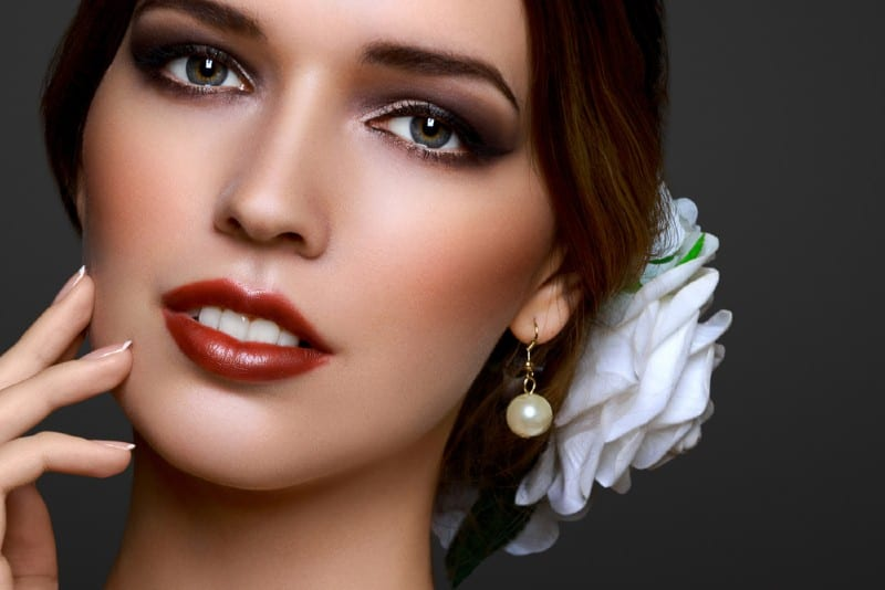 portrait d'une très belle femme