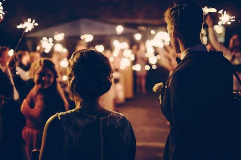 beau mariage en plein air