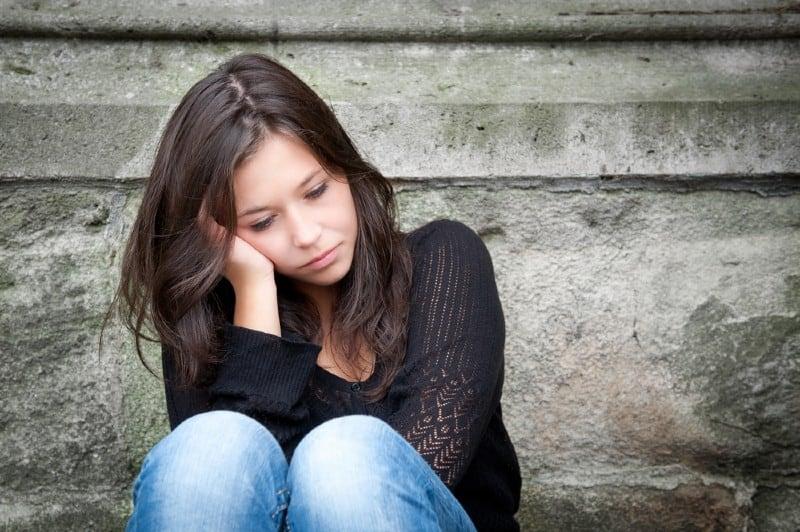 portrait d'une fille triste