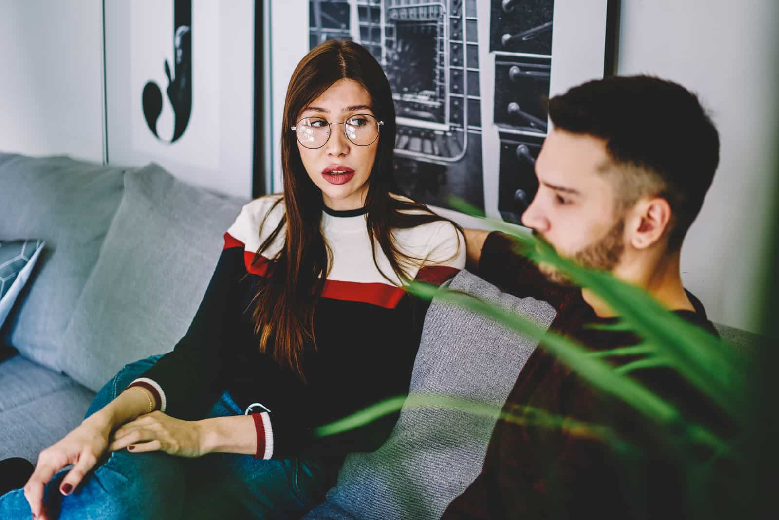 homme femme, séance canapé, conversation