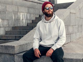 beau mec hipster avec barbe