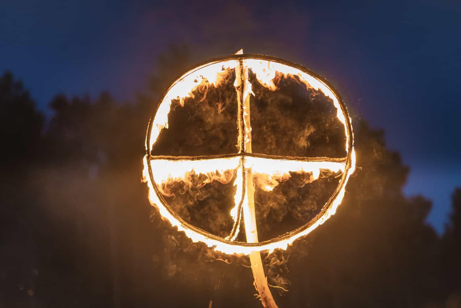 La croix solaire
