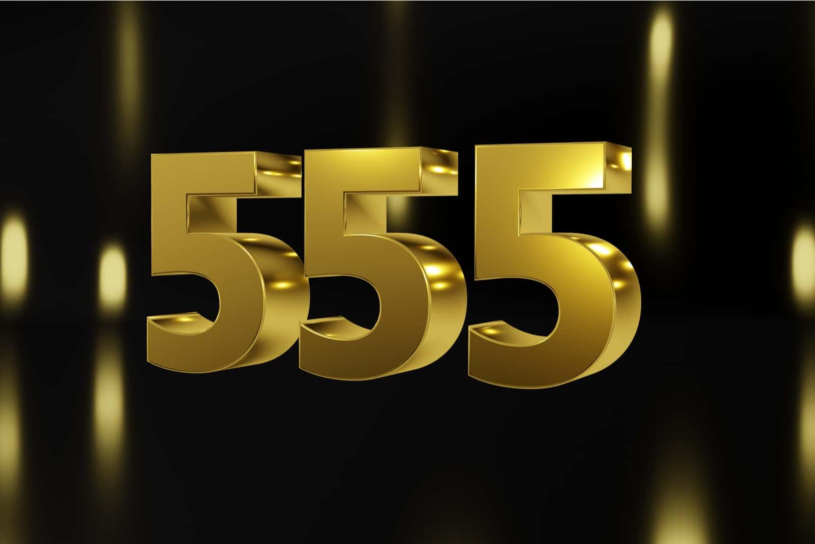numéro 555 sur fond noir